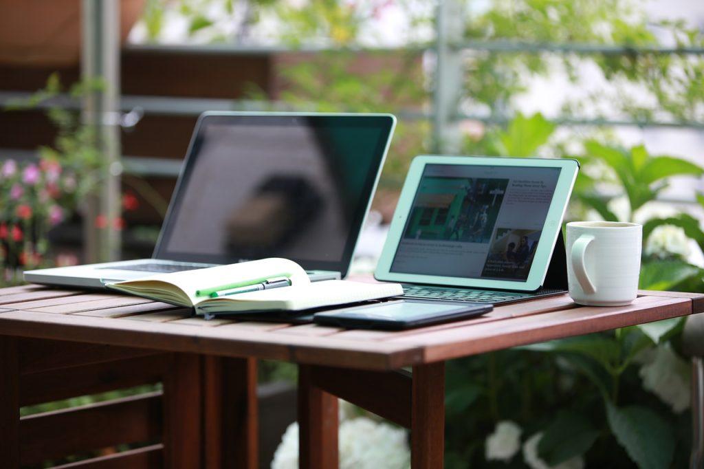 Comment déléguer la rédaction de texte